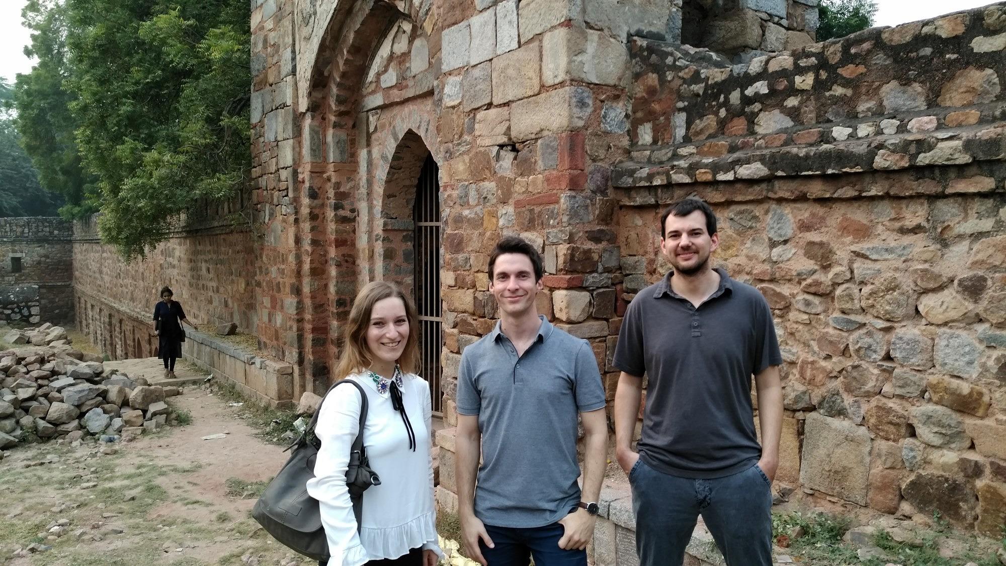 Group photo of three researchers from the technical faculties at Friedrich-Alexander-Universität Erlangen-Nürnberg visiting the Lodhi Garden.